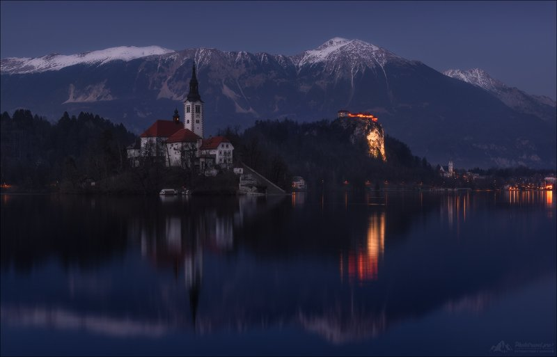 словения, озеро блед, зима, phototravel.pro, bled island, lake bled, мариинская церковь, синий час, blue hour,the assumption of mary into heaven, upper carniola, slovenia, blejski grad, bled castle, Синий час ...photo preview