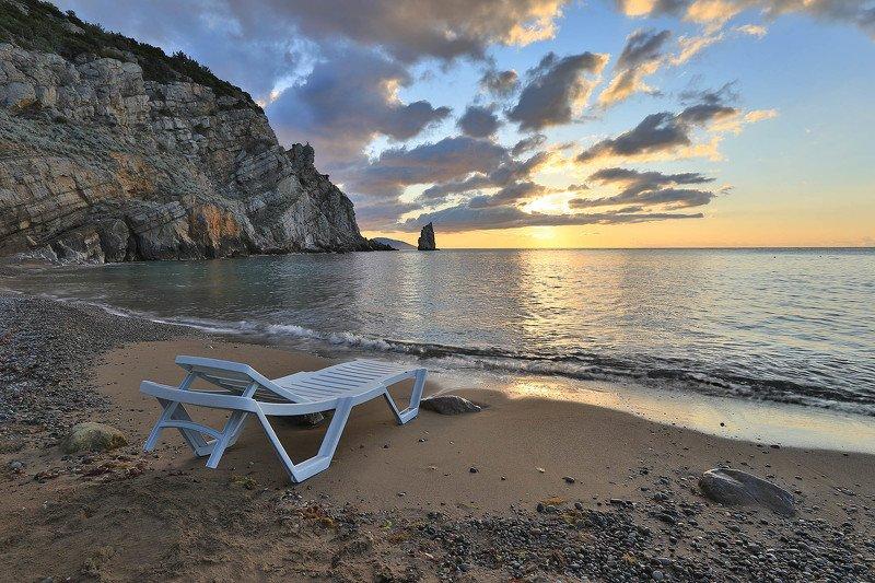 крым, ялта, скала парус, черное море, море, пляж, волна, пейзажи крыма, мисхор, ласточкино гнездо В одиночестве...photo preview