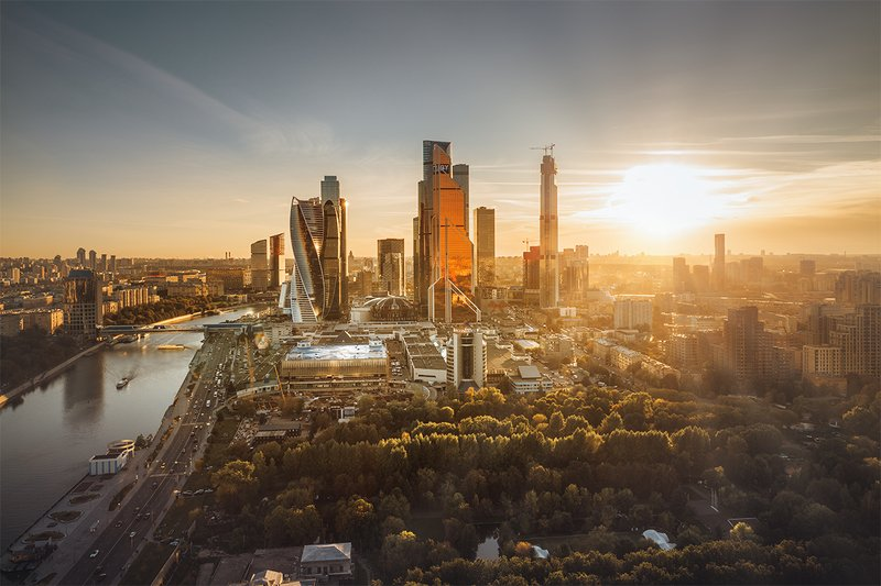 москва; пейзаж; город; сти; деловой центр;  Солнце в мегаполисеphoto preview