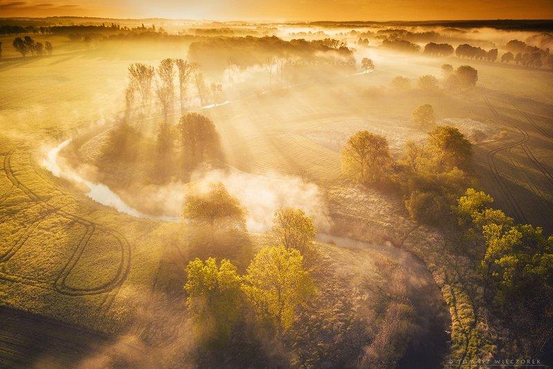 poland, polish, landscape, sunrise, sunset, colours, awesome, amazing, adventure, travel, beautiful, morning, light, fields, river, mist, fog, mood, awekining, shadows, drone Awakeningphoto preview