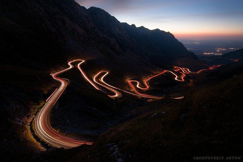 Румыния, дорога, перевал, фототур, Лента в ночиphoto preview