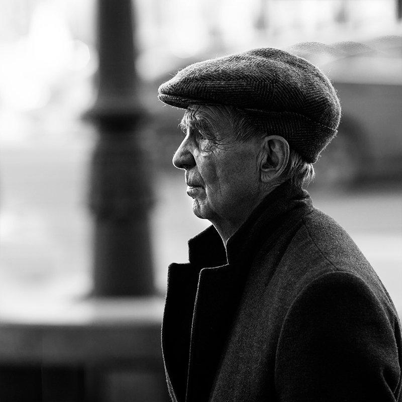 портрет, квадрат, калинин юрий ,ч/б фото, уличная фотография, юрец, люди, лица, город, санкт-петербург ,фотограф фотопробаphoto preview