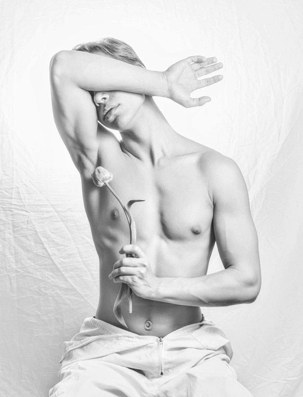 body, men, wb photo preview