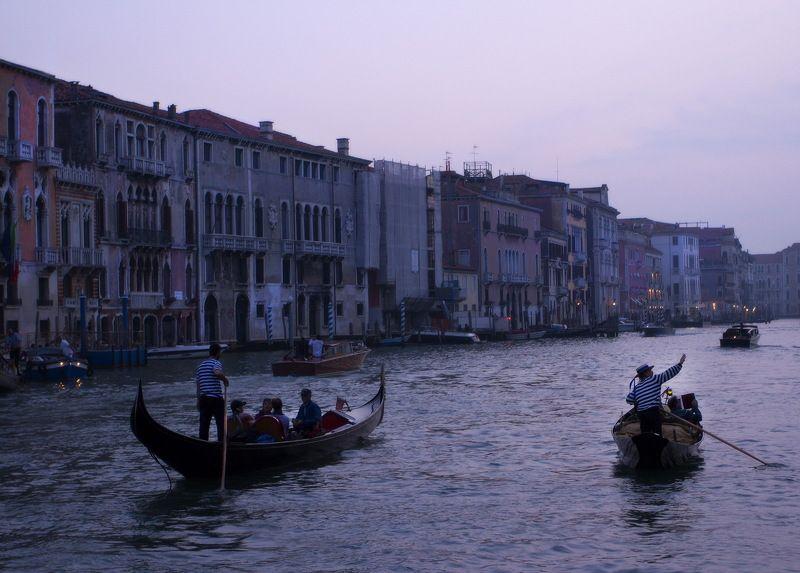 венеция, италия, гондола, гондольер Такая работаphoto preview