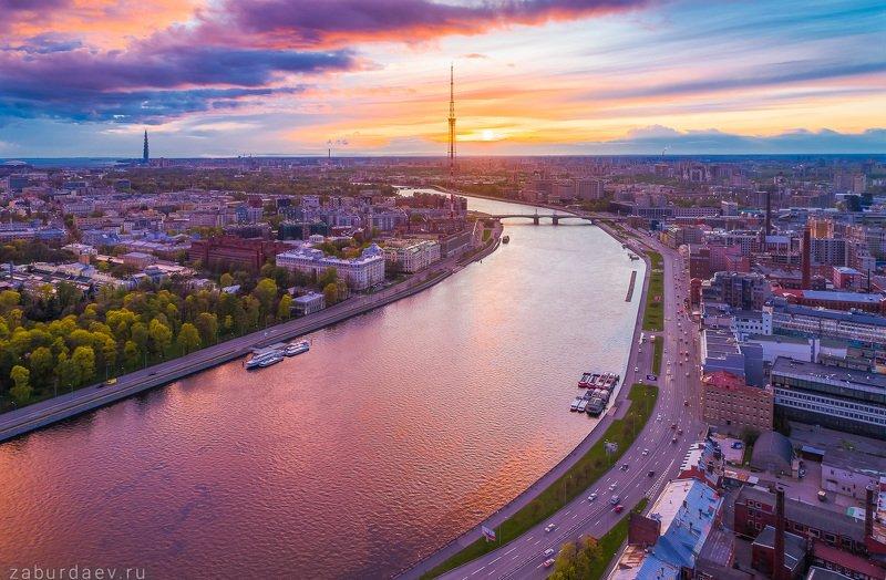 россия, петербург, город, река, вечер, весна, закат, дрон Перед дождемphoto preview