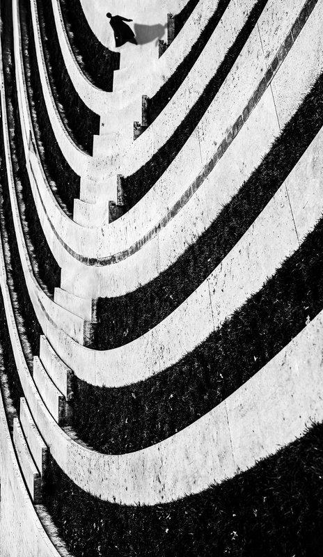архитектура,чб,силуэт Skeletonphoto preview