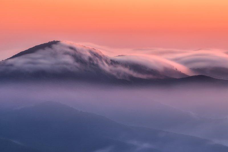 Vápenná peak in the cloudsphoto preview