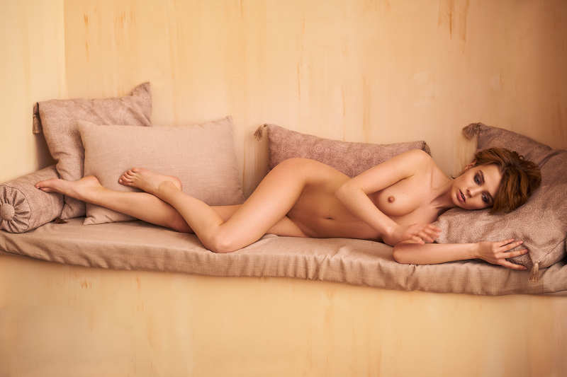 Marta Gromovaphoto preview