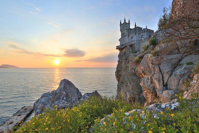 крым, ялта, ласточкино гнездо, море, пляж, волна, пейзажи крыма, замок ласточкино гнездо Замок Ласточкино гнездоphoto preview