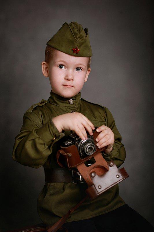 дети портрет победа мальчик Правнуки Победыphoto preview