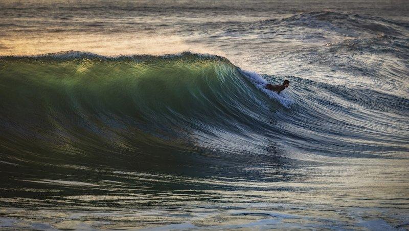 океан, волна на волнеphoto preview