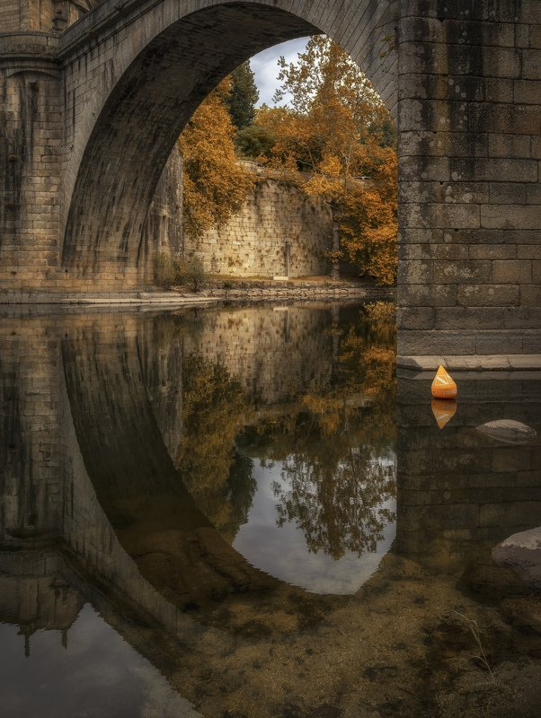 арка, мост, отражение буйphoto preview
