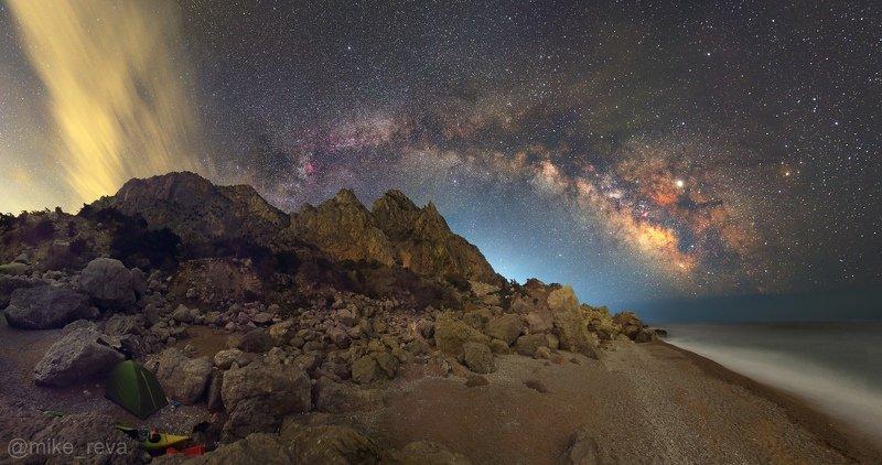 ночь крым  ночной пейзаж астрофотография звезды созвездия затерянный мир мыс айя Затерянный Мирphoto preview