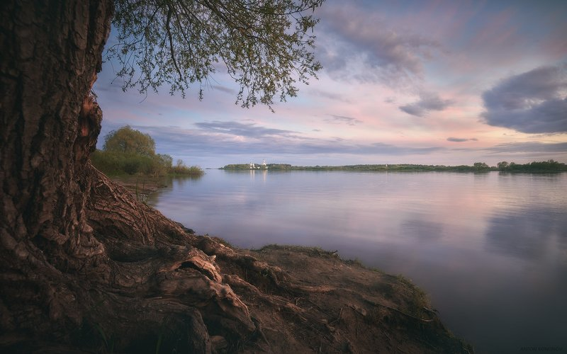 Великий Новгород, Юрьевский Монастырь Новгородский вечерphoto preview