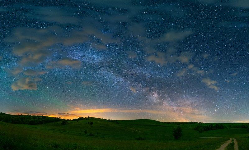 Облачные ночи, месяц Майphoto preview
