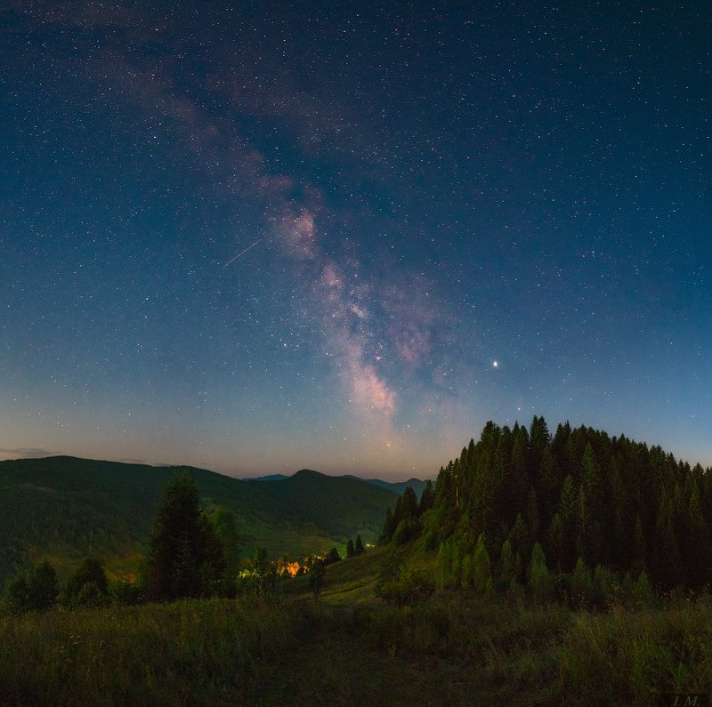 звездное небо, звезды, карпаты, лето, млечный путь, небо, ночной пейзаж, панорама, путешествие, сходница, panorama, sky, summer, stars, milky way, nightscape, astrophotography, starry night, jupiter, night sky, galaxy The Galaxy above my head ..photo preview