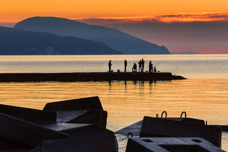 крым, ялта, аю-даг, море, пляж, волна, пейзажи крыма, мартьян, мыс мартьян, черное море Утренняя рыбалкаphoto preview