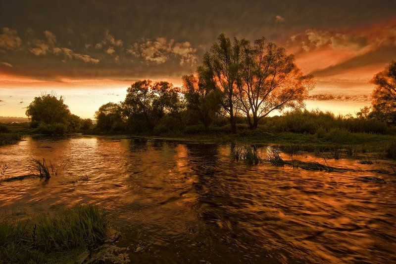 Красная рекаphoto preview