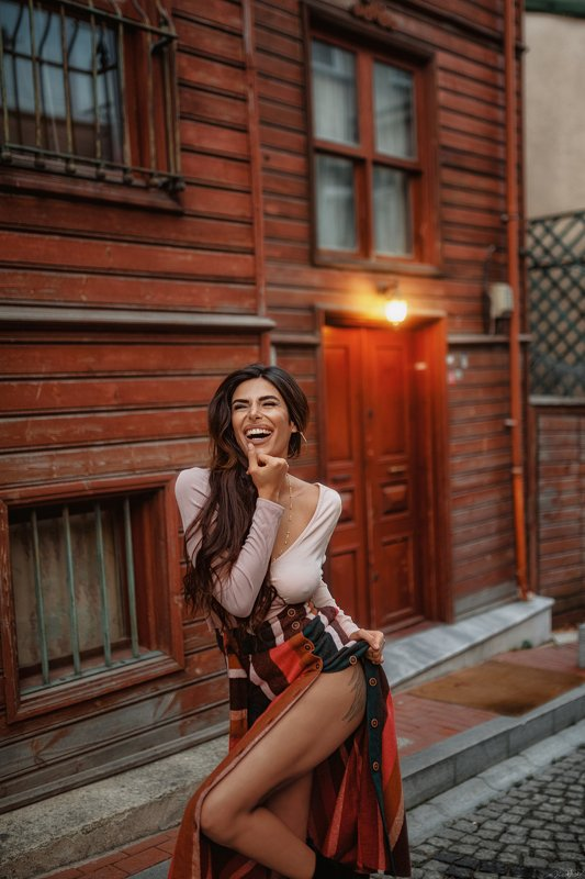 beauty, sexy, body, female, pretty, girl, beautiful, face, urban, style, fashion, model, portrait, art, nikon, istanbul, natural, light, colorful, street, sigma, 35mm, sweet, pretty, yellow, red photo preview