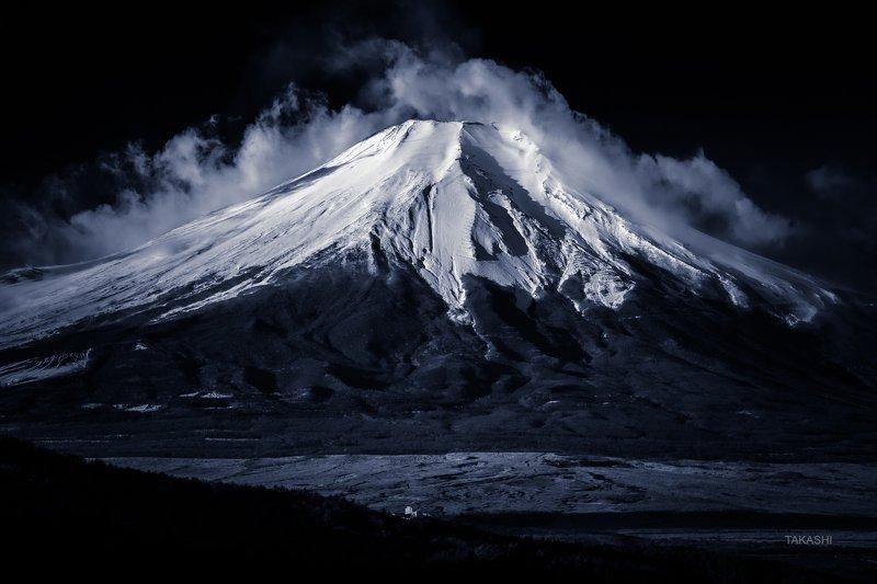 Fuji,Japan,mountain,amazing,wonderful,winter,snow,summit, Calm winter dayphoto preview