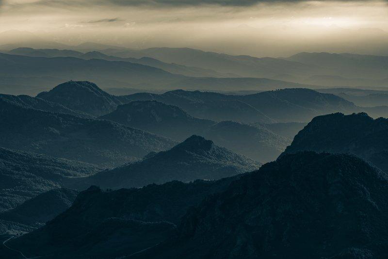 гора, рассвет, небо, плато, облака, утро, тучи, непогода, закат, вечер , слои, холмы, долина, дымка, туман photo preview