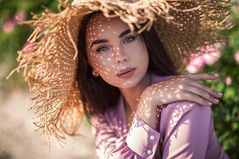 портрет, чайная роза, фотосессия в крыму, фотосессия на природе, платье, красивая девушка, розовое платье, белое платье, фотограф в симферополе, фотопроект, цветущие поля Чайно-розовые портретыphoto preview