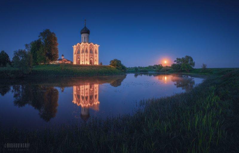 боголюбово, владимирская область, церковь, луна Боголюбовоphoto preview