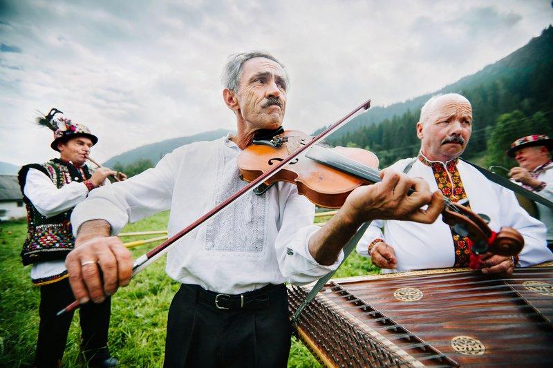 Гуцульские музыкантыphoto preview