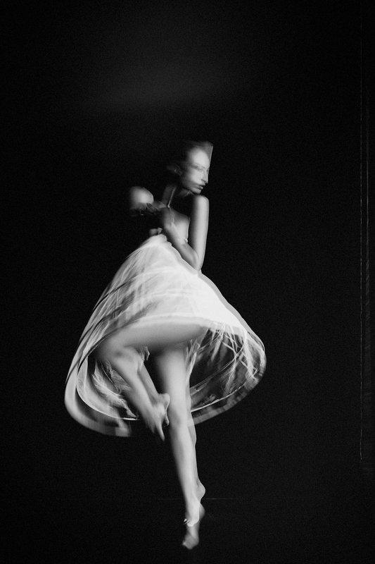 woman, beauty, conceptual, art, studio, light Dancing in the Lightphoto preview