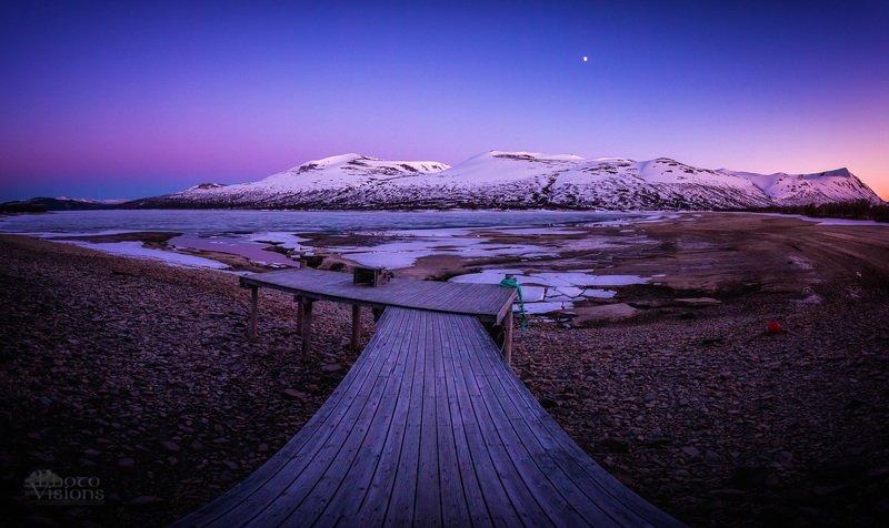 trollheimen,gjevilvatnet,norway,norwegian,midnight,moon,spring,mountains,lake, Waiting for meltdownphoto preview