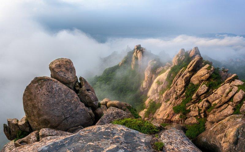 mountains,peak,hiking,fog,clouds Wolchulsan Dino Ridgephoto preview