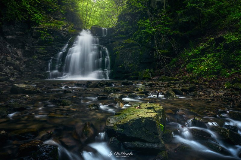 waterfall, long exposure, water, forest, mist, moody, green Silentphoto preview