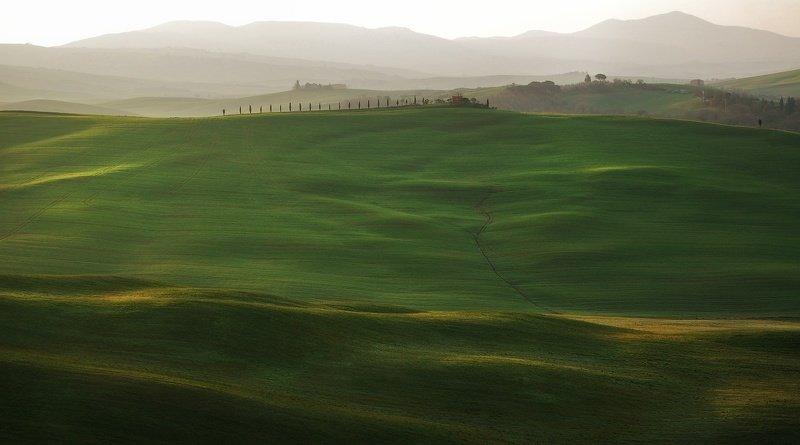 tuscany, тоскана Зелёные холмыphoto preview
