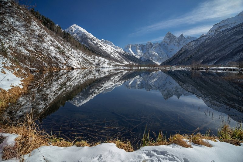 горы, река, холод, лёд, снег, зима, снег, озеро, отражение, домбай,  вершины, пик, туманлы кёль ПЕРВЫЙ СНЕГ НА ТУМАНЛЫ КЁЛЬphoto preview