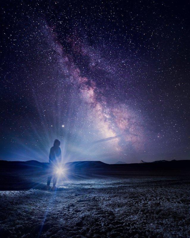 На краю галактикиphoto preview