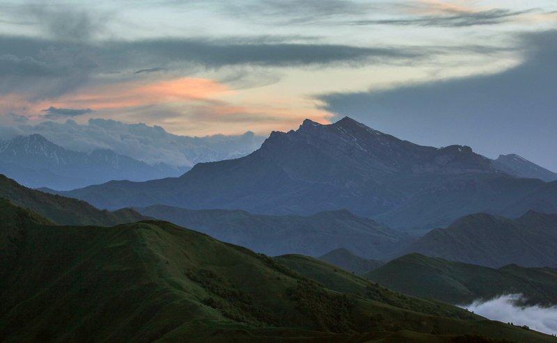 чечня,горы,туман,галандчжойский район, Горный пейзаж..photo preview