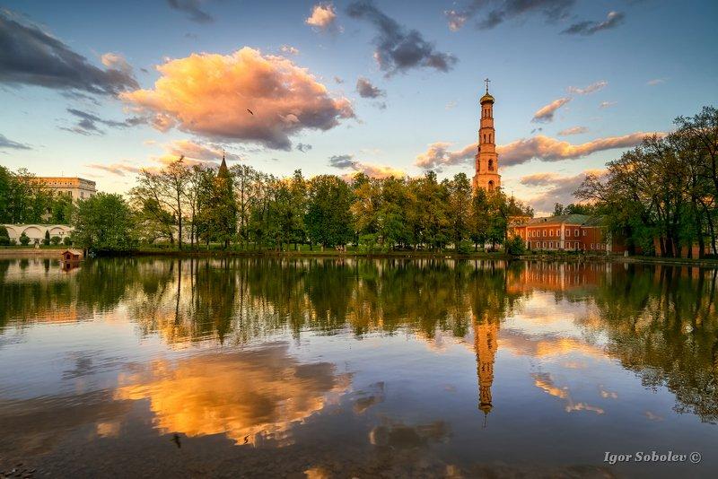 николо-угрешский монастырь, подмосковье, отражение, вечер, закат Легкая невесомость бытияphoto preview