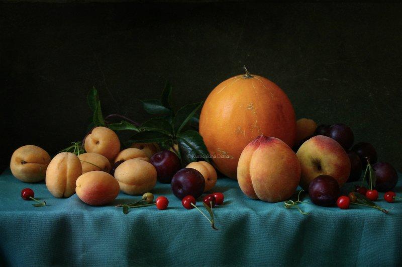 натюрморт, фрукты Натюрморт с фруктами в классическом стилеphoto preview