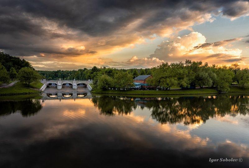 царицыно, москва, закат, вечер Облачноеphoto preview