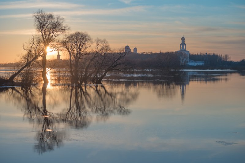 юрьев монастырь, новгородская область Январский разливphoto preview