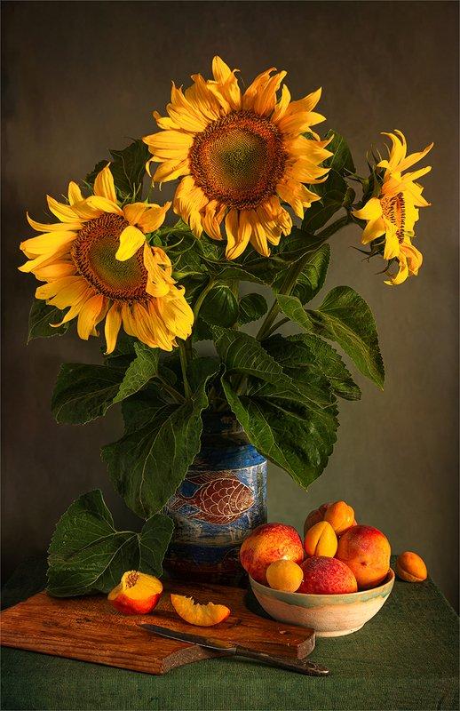 still life, натюрморт,    винтаж,    цветы,  подсолнухи, букет, фрукты, еда, натюрморт с фруктами и подсолнухамиphoto preview