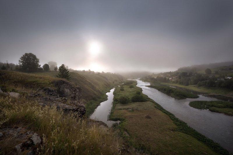 кусье-александровский, деревня, урал, пермский край, река, утро, туман, солнце Солнце в молоке фото превью