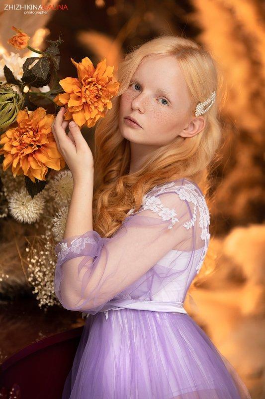 портрет, блондинка, лицо, прикосновение, красивая, face, portrait, beauty, girl, фотограф, москва Иринаphoto preview