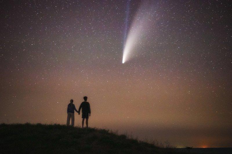 крым, ночь, звезды, комета, комета neowise, neowise, ночной пейзаж, астрофото, тарханкут, межводное Мечты о космосеphoto preview