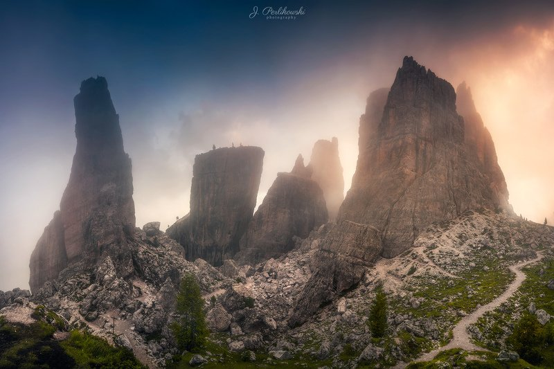 mist, mountains,alps,europe,sunset,colours, contrast, travel, hike Misty mountainsphoto preview