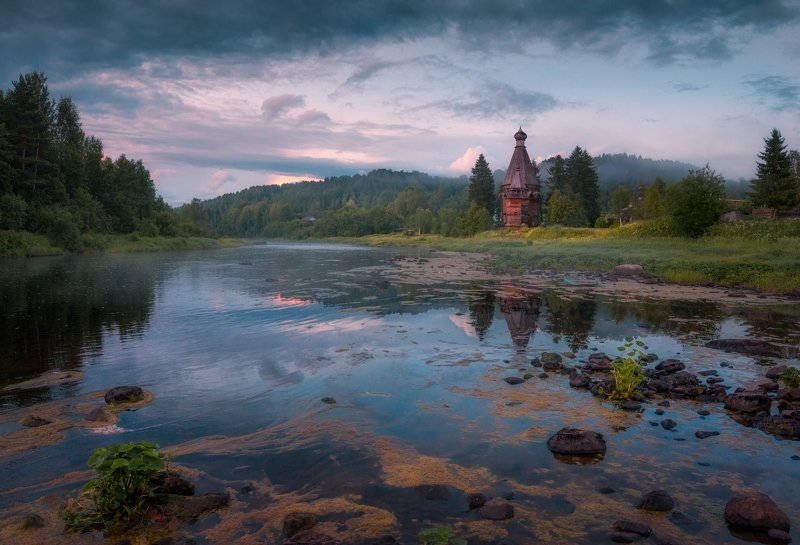 вечер, река, белая ночь, церковь, лето, июль, туман, отражения Причуды белой ночиphoto preview