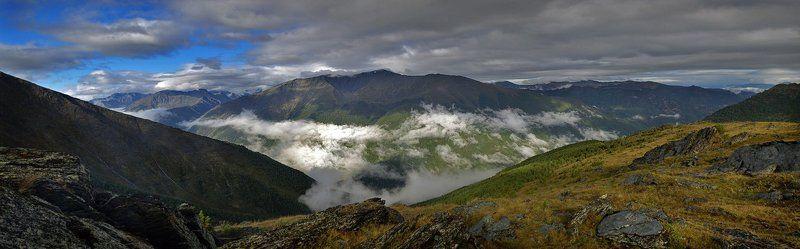 алтай, горы, облака Бескрайние воды, горы, облака и просторыphoto preview