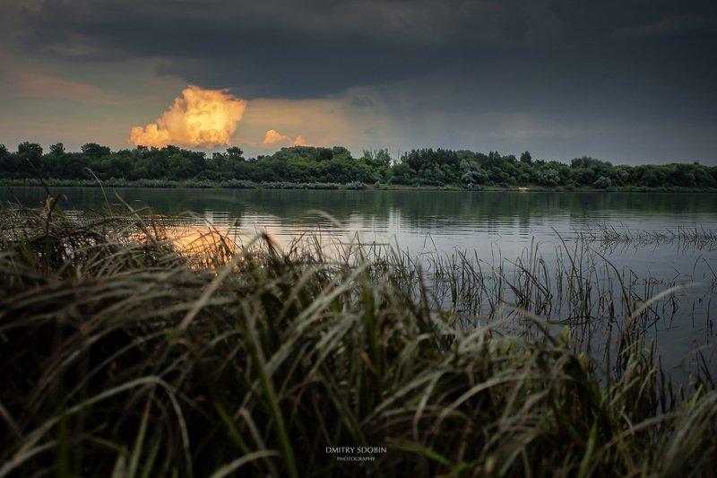 природа, пейзаж, река, облака, небо, тучи, гроза, закат река Окаphoto preview
