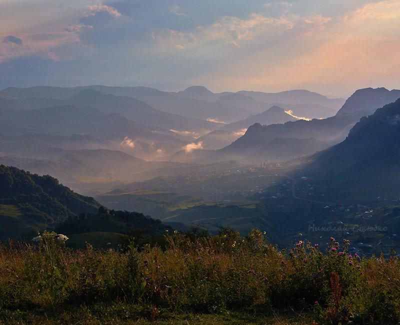 кавказ горы закат Закат над горным ауломphoto preview
