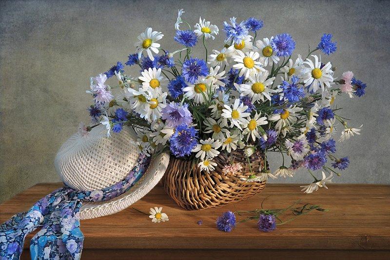 натюрморт,корзина,цветы,шарф,шляпа Летнее настроение!photo preview
